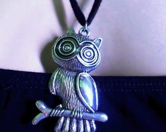 Tibetan silver OWL OWL vintage fashion necklace