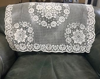 Vintage Lace Tablecloth, Square Tablecloth, Lace Linens, Lace Square, Table  Square,