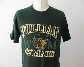Vintage William and Mary Tribe University t-shirt shirt Adult Large