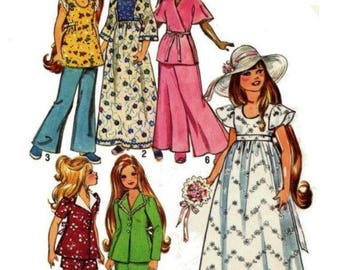 "Copy of Vintage 1972 Simplicity Doll Clothes Pattern #6061 For 15-1/2"" Velvet"