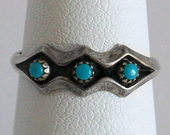 70's Sleeping Beauty turquoise & sterling Southwestern band, small diamond shaped 925 silver and blue stones tribal hippie ring, size 6.75