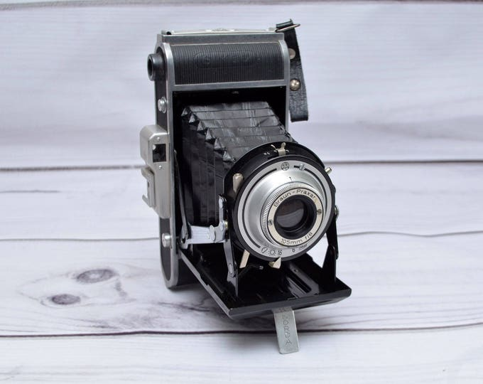 Featured listing image: Vintage Braun Carl Norca I 120 Film 6X9 Folding Camera f8 Lens Made in Germany