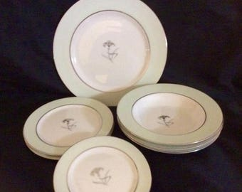 ON SALE Narumi LILIUM Lot of 7 pieces Dinner, Salad & Bread Plates + Soup Bowls Dinnerware Near Mint Condition