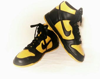 Vintage  90s Nike Pittsburgh Steelers Black and Yellow  Original Scarce Design Hightop Shoes