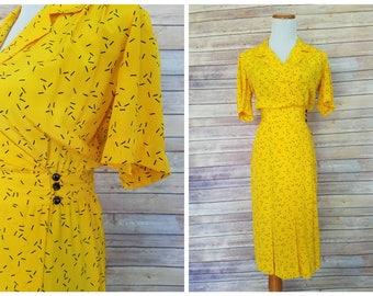 1980s does 1940s Yellow Dress   1980s Yellow Dress   Vintage 80s dress   Vintage Novelty Print Dress   80s Yellow Dress   Liz Claiborne