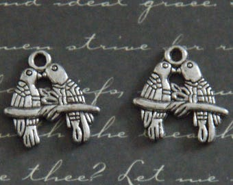 2 charms 17x18mm silver love birds couple