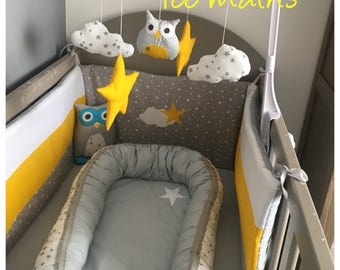 Baby nest, nest baby or gear of white and gray bed with stars