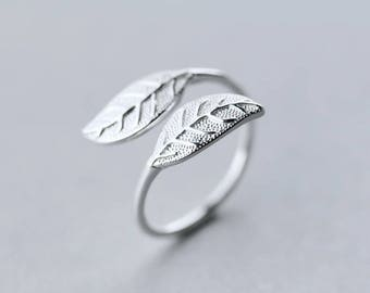 Free shipping: sterling silver leaf adjustable ring