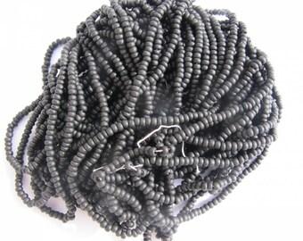 ROUND BLACK BEADS 1FIL MATT 1.5 MM 50 CM LONG