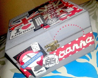 Scrappee London themed wooden box (sold out)