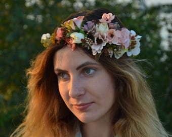 Wedding halo Bridal flower crown Bridal shower gift/for/bride Photo props Bachelorette party Bridesmaid flower crown Rustic wedding halo