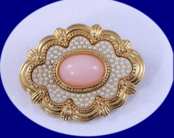 Vintage Pearl Brooch Gold Tone and Pearl An Pink Crabonite Stone Brooch Vintage Jewelry VintageBrooch