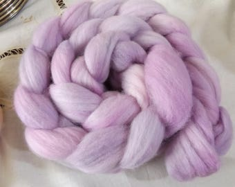 Merino roving hand dyed 20 micron 100 gms Colour 14 Mauves