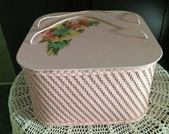 Vintage 1950's Pink Wicker Floral Decal Sewing Basket (GM279)