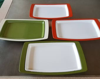 Mid Century Set 4 Hot Plates West Bend Thermo Serve Metal Plates on Plastic Trays