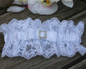 FAST Shipping!!!!  Beautiful White Wedding Garter, Bridal Garter, Garter, Rhinestones Garter, Wedding Garter, Lace garter, Lace and Satin