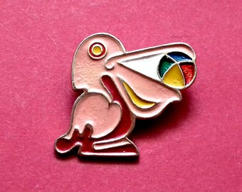 Pelican, pink pelican Pin. Rare Children badge. Vintage collectible childrens soviet pin badge, Made in USSR, 1980s