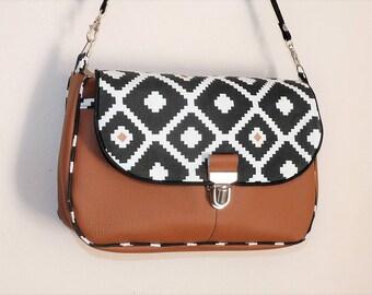 shoulder bag genuine leather camel/black/white, pockets style shoulder bag messenger