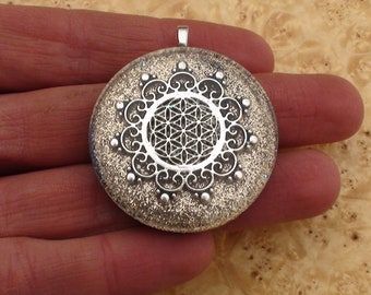 Flower of Life Sacred Geometry Meditation Mandala Silver Cream Soul-Antenna Crystal Ormus Orgone Energy Pendant Necklace 40mm Champagne