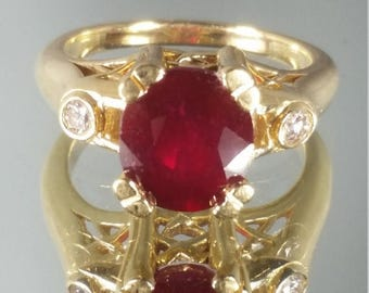 ON SALE 14K Solid Yellow Gold Ruby & Diamond Solitaire Ring Retro Vintage