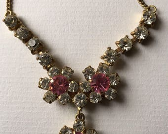 Vintage 1960s  White/Clear and Pink Glass Rhinestones Flower Pendant Necklace - Costume Jewelry