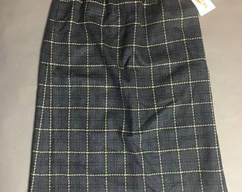 Vintage skirt / Pendleton skirt / Pendleton  / plaid skirt / wiggle skirt / Pencil Skirt 8127