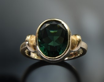 Green Quartz Gold ring, Large stone ring, 14K gold ring, Oval gemstone ring, Estate ring, for woman, engagement ring, Gold everyday ring