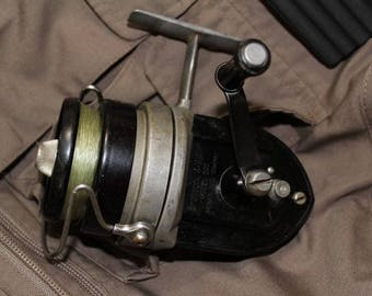 Vintage Classic Bronson 4-Way Model 200 Retro Fishing Tackle Spinning Reel