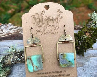 Earrings - Chrysoprase