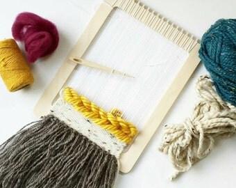 Mini Weaving Loom Kit, Small Loom, Beginner Weaving Kit, Mini Loom, Beginner Loom, Learn to Weave Kit, Woven Wall Hanging Kit