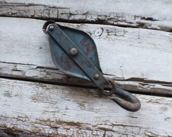 Vintage barn pulley, primitive, vintage hook pulley, metal barn pulley, Vintage Antique Steel Hook and Pulley Industrial Steampunk, Hay hook