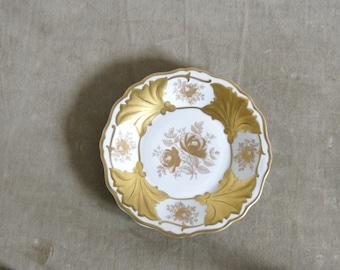 Vintage 1960's Weimar Porcelain side plate, Jutta pattern, gold on white, made in GDR.