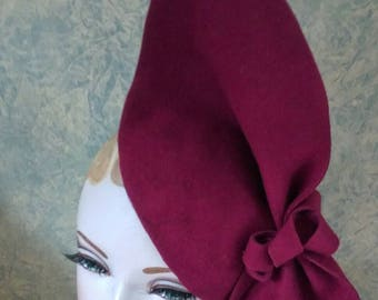 Vintage style,  Burgundy Sculptured  felt hat, 1940s inspired, can be worn 2 ways