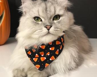 """Christmas Cat Bib """"Snowman 2"""", Reversible Cat Bandana, Cat Scarf, Pet Accessory, Pet neckwear, Velcro or Snap closure"""