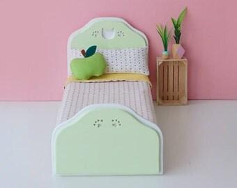 Bed kitten scale 1:6 black color for diorama blythe, barbie, licca, dal, momoko or similar