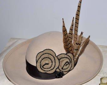 Beige Vintage Wide Brim Hat, Vintage Wide Brim Wool Hat, Women's Vintage Wool Hat, Women's Ivory Wide Brim Hat, Pheasant Feathers