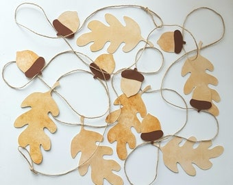 Wreath fall leaves and acorns in cardstock and Twine