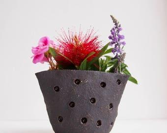 Handmade black dot pottery vase, black ceramic vase, black pottery cactus planter, pottery planter, Black flower vase, pottery plant pot