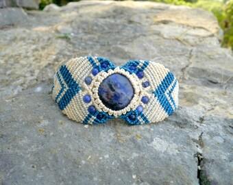 Cuff macrame bracelet with sodalite stone