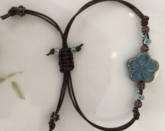 Blue flower ceramic bead bracelet