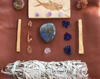 Crystal Collection Set/ Fossil/ Aragonite/ Spectrolite/ Sage/ Ammonite/ Aura Quartz/ Labradorit Herzstuck/ Wicca Altar/ Gifts for Her Him