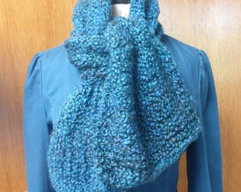 Handmade knit straight chunky royal blue scarf with ribbed finish.  Free domestic USPS shipping!!