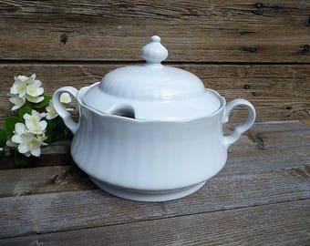 Old plain porcelain tureen - Porcelain Winterling Roslau Bavaria -