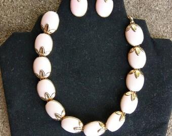 Vintage 1950s Pink choker and Earrings set Trifari