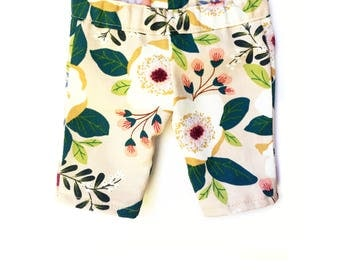 Print Capri Pants,Floral, Cream White, Green, Burgundy Red, Fits dolls such as American Girl, 18 inch Doll Clothes, Fall