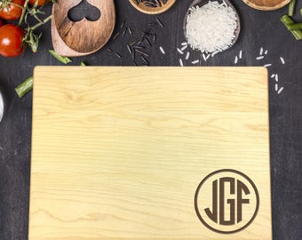 Custom Cutting Board, Custom Cutting Board Wedding, Custom Cutting Board Wood, Wedding Gift, Housewarming Gift, Monogram, Initials, B-0118
