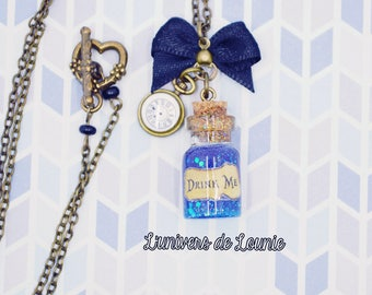 "Collier fiole ""Drink Me""  Alice"