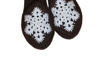 Slippers with snowflake, Flip flop slippers, slippers with sole