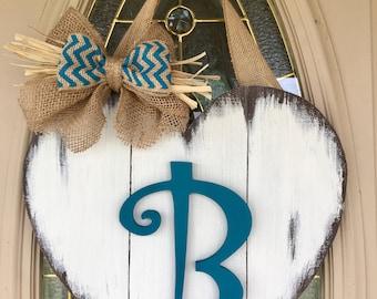 Heart/Monogrammed/Door Decor/Staggered/Wedding Gift/Distressed/Rustic/Housewarming/Plaque/Door Hanger/Wooden Sign/Initial/Valentine's