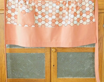 Rust Floral Vintage Half Apron with Pocket, Honeycomb Pattern, Country Chic, Farmhouse Style, Spring, Kitchen, Work, Garden, Outdoor, Old